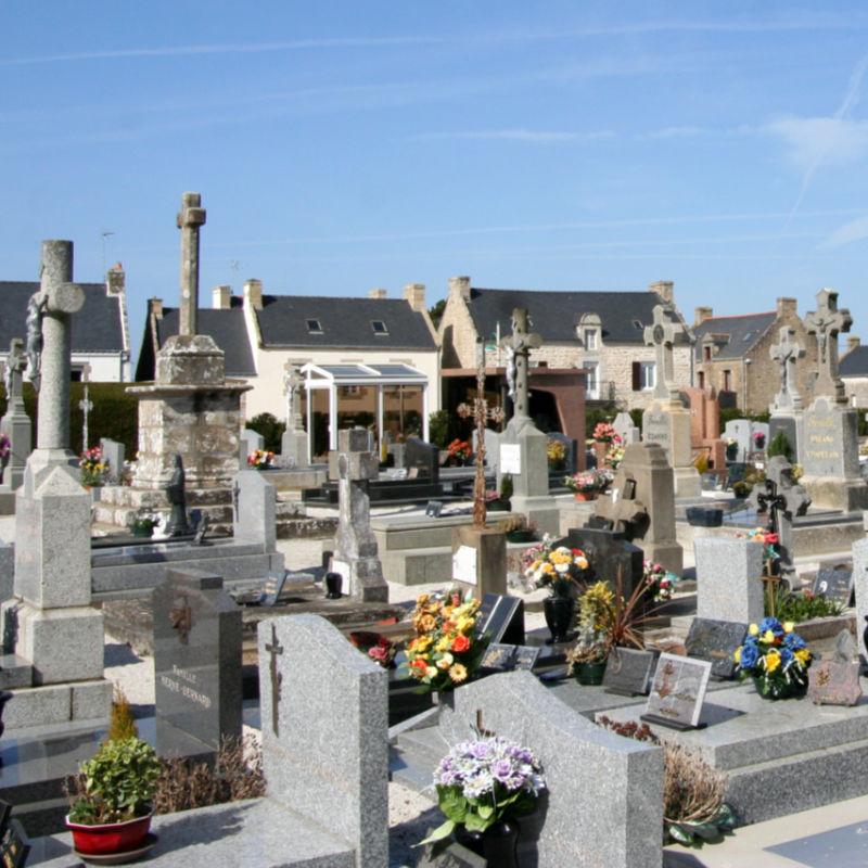 cemetery at Erdeven
